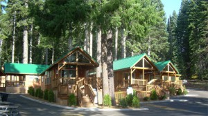 Park model cabins at Hyatt Lake Resort in southern Oregon