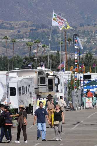 California RV Show scene