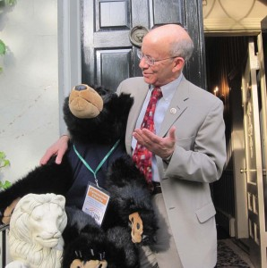 """Centennial Charlie"" with u.S. Rep. DeFazio on a recent visit to Washington, D.C."