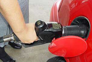 Surprise! Looks for fuel prices to fluctuate this summer.