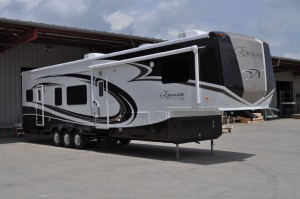 KZ Escalade Sportster fifth-wheel toy hauler