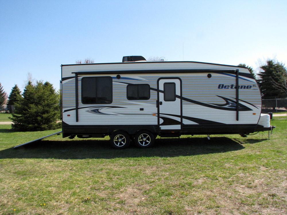 Jayco S Toy Haulers Gain Momentum In Canada Rv Business